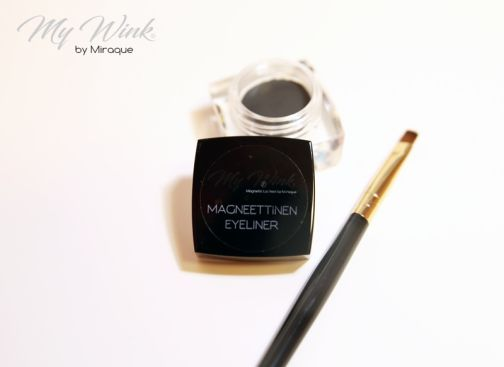 Miraque Magnetic Eyeliner and Brush